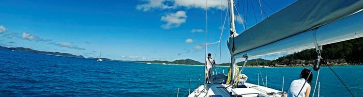 Udfyld tiden på båden med god underholdning