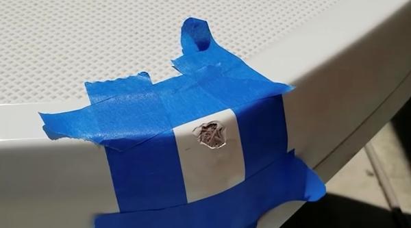 Rep af små gelcoate/glasfiber