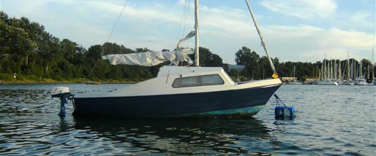 Pedro 17 sælges kom med bud - - har en sejl båd her ...