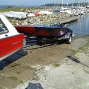 X Flat Botton Drag Boat