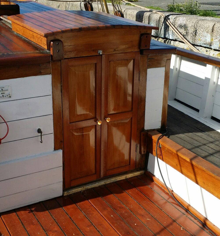Spidsgatter Damkutter ( Tidl. båd ) - Alle dørene er lavet sådan. billede 19
