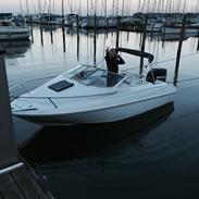 Bayliner Capri1702