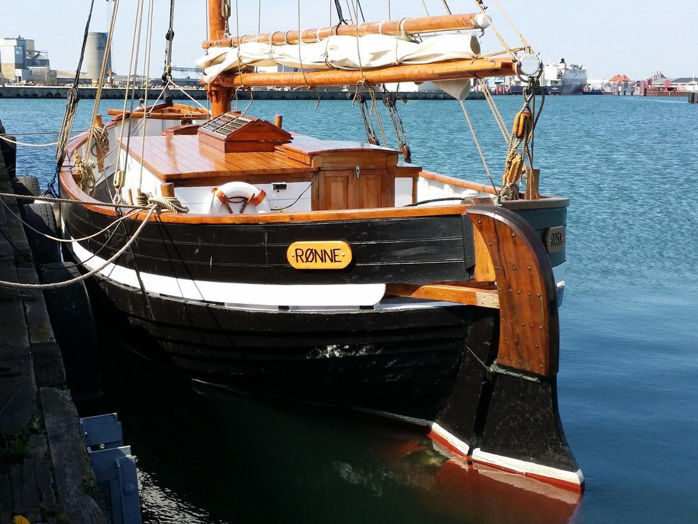 Spidsgatter Damkutter ( Tidl. båd ) billede 1