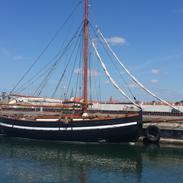 Spidsgatter Damkutter ( Tidl. båd )