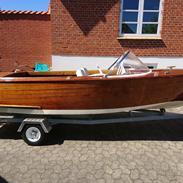 X Skiboat
