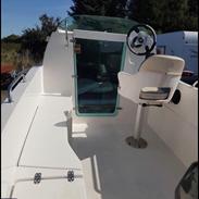 X Sport yacht cabin 465