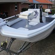 Limbo 460 Flat Boat