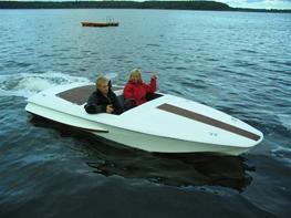 Glasfiberbåd 215 hk JETBÅD