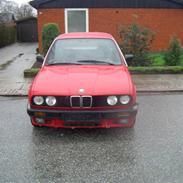 Min elskede bil :D