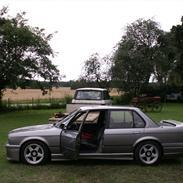 BMW E30 325..