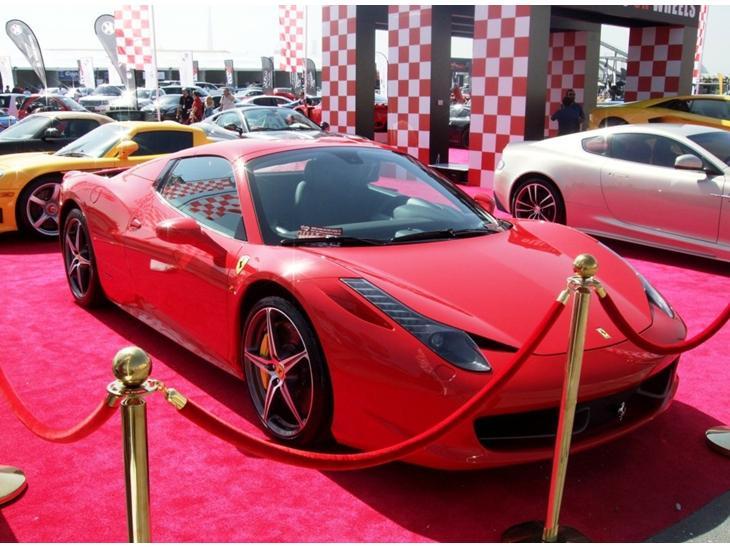 Dubai - Biler til salg - Udstillinger og messer - Uploadet af Lasse A