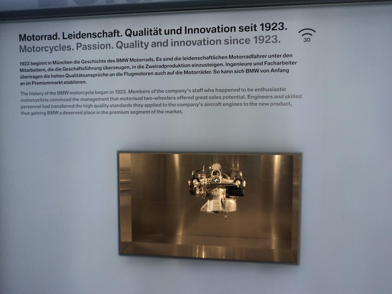 BMW Welt museum i München 2015 billede 69