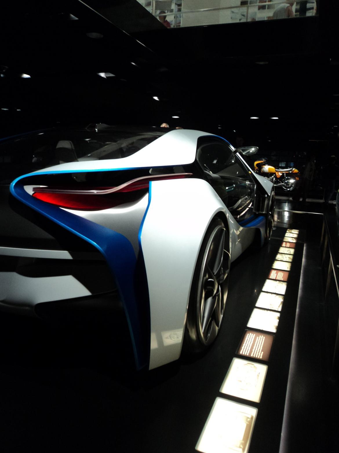 BMW Welt museum i München 2015 billede 182