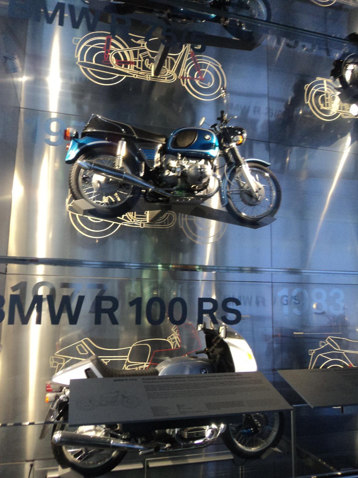 BMW Welt museum i München 2015 billede 243