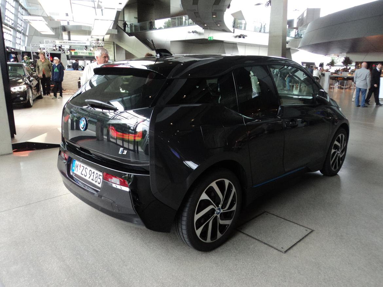 BMW Welt museum i München 2015 billede 454