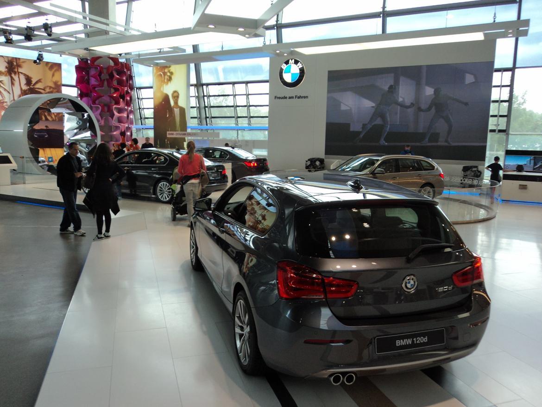 BMW Welt museum i München 2015 billede 468