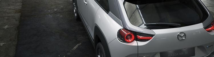 Mazda MX-30 og Honda Jazz 2020