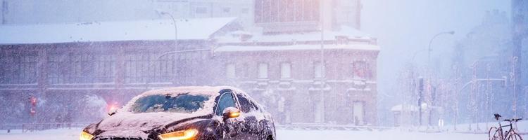 Vinterkørsel: Hvornår skal jeg skifte til vinterdæk?