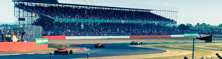 Måder at gøre betting på motorsport mere interessant