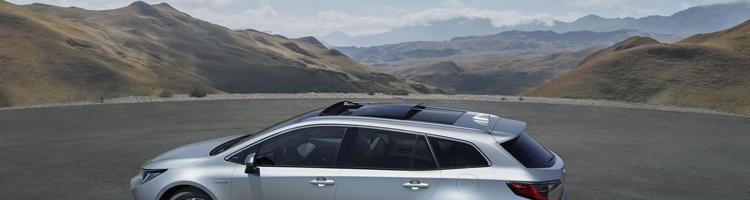 Toyota Corolla er tilbage - og tag pladsen forAvenssis...