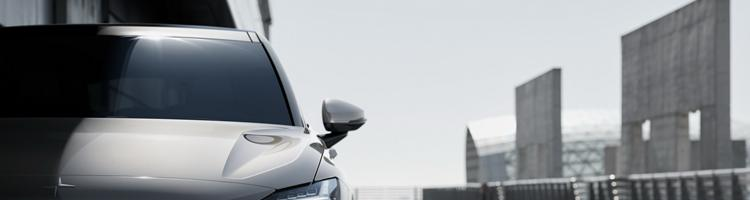 Polestar 2 EV - med snuden imod Tesla Model 3!