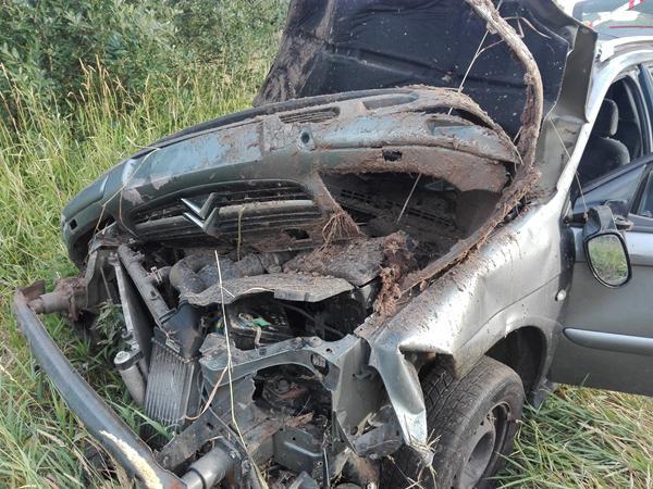 kørt galt fjerne bil