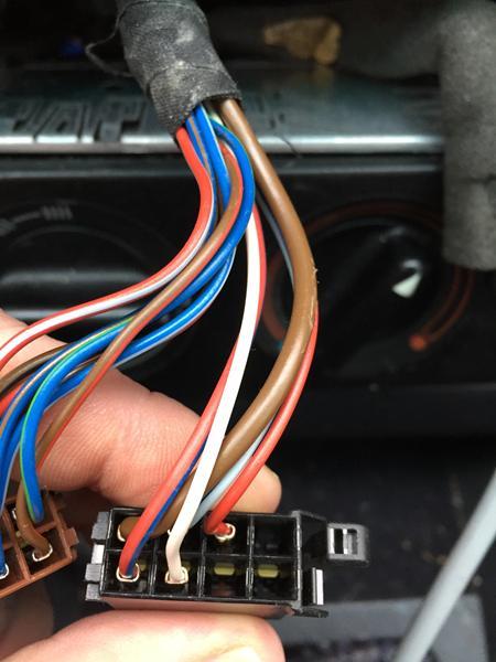 Strøm til anlæg. Audi 100 C4