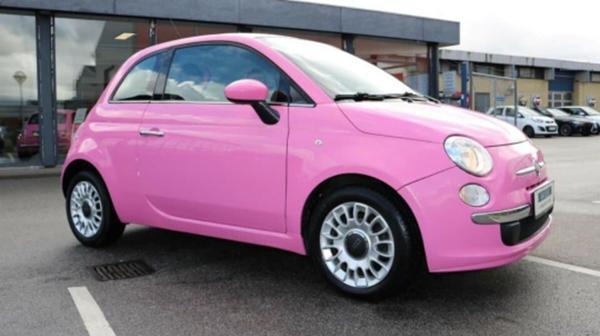 Hvad skal min pink Fiat 500 hedde?