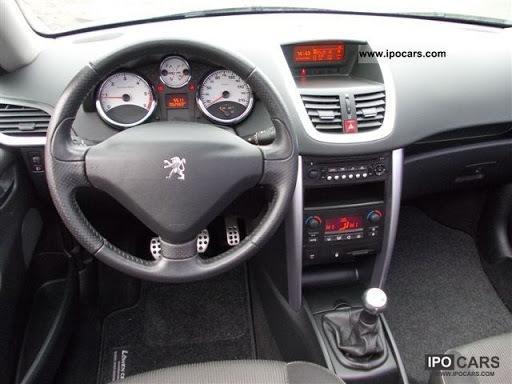 Becker Radio i Peugeot 207?