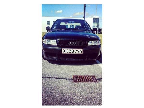 Audi service pris