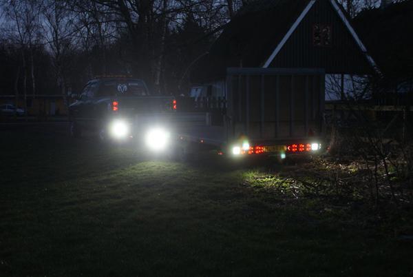 Lys på trailer om dagen