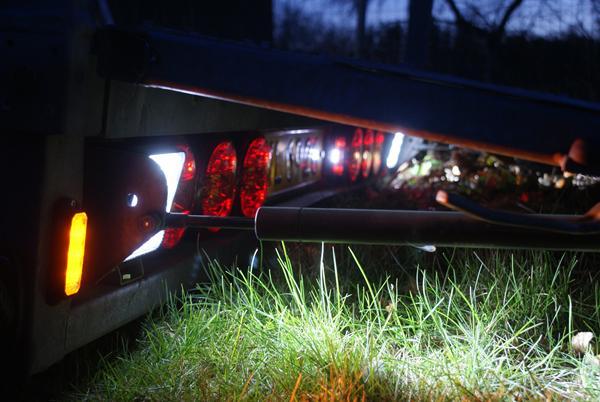 Seriøst Montere baklys på trailer ? - Skrevet af Knægten med Golfen PA45