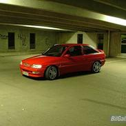 Ford Escort 1.8 dkp cl !