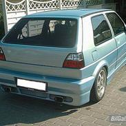 VW Golf 2 16V solgt!