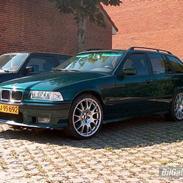BMW 320i Touring 1996 (Solgt)