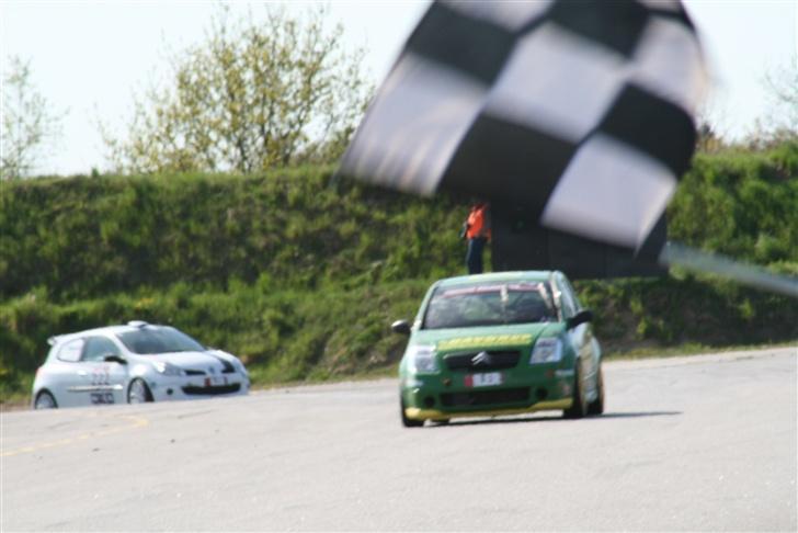 Citroën C2 VTS - Vi tager målflaget på Ring Djursland, som vinder af klassen og 9´er generelt  28/4 2007 billede 4