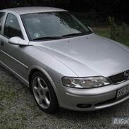 """Opel Vectra b 1.8 """"solgt"""""""