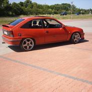 Opel kadett 16v