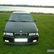 BMW 325I ***SOLGT***