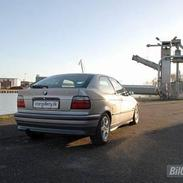 BMW Compact318ti..::SOLGT::..