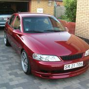 Opel vectra b. 1.8