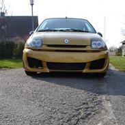 Renault clio 1,6 si *solgt*