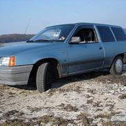 Opel Kadett E 1.4 Caravan