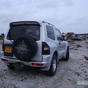 Mitsubishi Grand Pajero 4x4 SOLGT