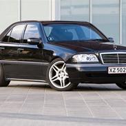 Mercedes Benz C180 Elegance Solgt