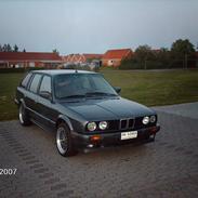BMW 325IA Touring ( SOLGT )