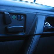 Mercedes Benz W124 300E-24