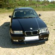 BMW 320i E36 coupe (solgt)