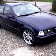 BMW 320i e36 TidLbil