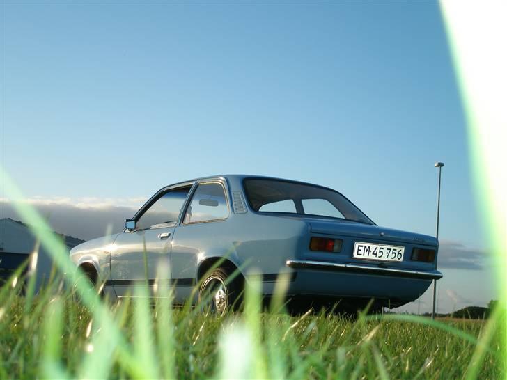 Opel Kadett C  Til Salg - før den blev malet billede 2